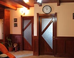 Ce trebuie sa avem in vedere atunci cand dorim sa cumparam o usa din lemn masiv?