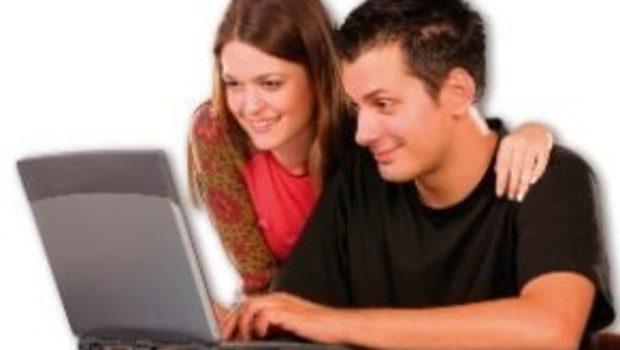 Cum folosesc internetul pentru a-mi promova afacerea?