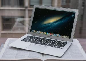 Cum sa pastrezi valoarea de resale a unui laptop sau MAC?