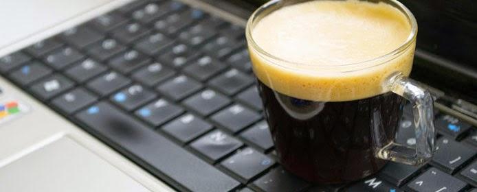 Ce poti face cand iti scapi cafeaua pe tastatura?
