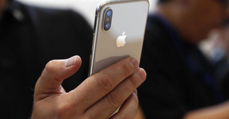 Accesorii care nu trebuie sa ii lipseasca unui smartphone