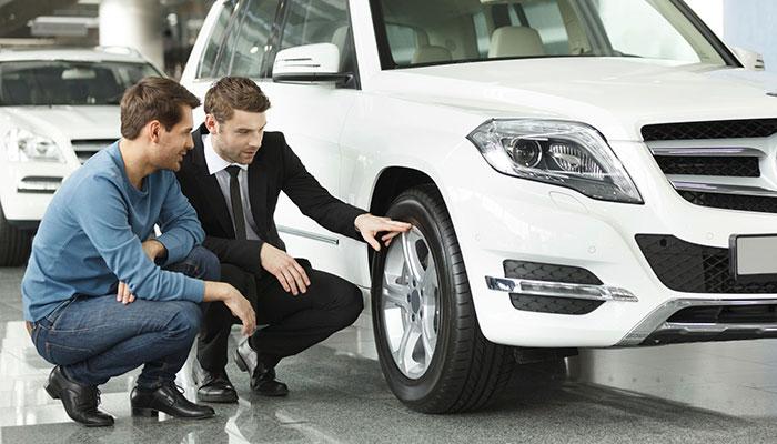 Ce trebuie sa verifici la service inainte de a cumpara o masina second hand